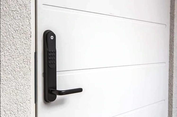 Yale Doorman - Elite låsservice AS viser deg hvordan du monterer Yale Doorman selv. Trenger du hjelp til montering ta kontakt med oss for et godt tilbud.